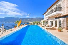 kiralık yazlık Villa yarımada